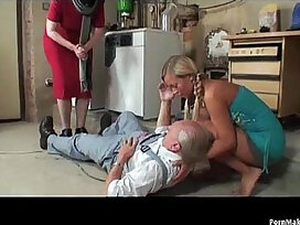blonde-cams-caught-cock-dick