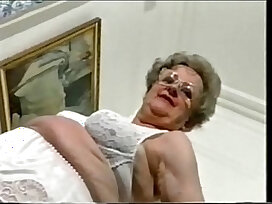 amateur-enjoying-exhibitionist-granny-mature